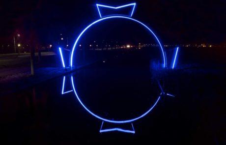 Elfstedenboog bij nacht