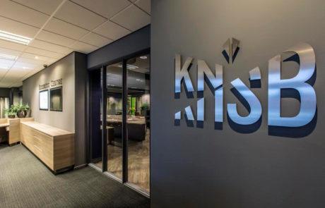 Binnenreclame RVS letters KNSB