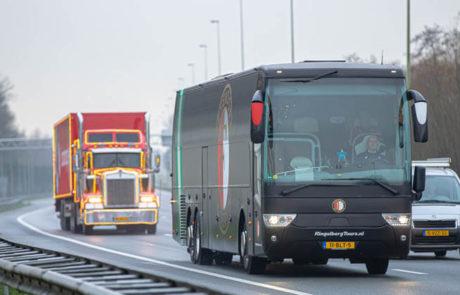 Droomparken vrachtwagen rijdend