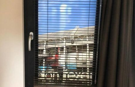 Feyenoord vakantiehuis raam