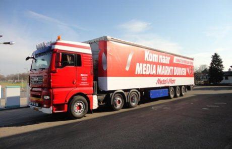 Vrachtwagen belettering Media Markt